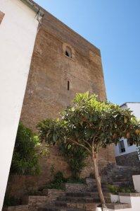 686-16-visedo-manzanares-fernando-restauracion-de-la-torre-del-homenaje-en-setenil-de-las-bodegas-cadiz-setenil-de-las-bodegas-cadiz
