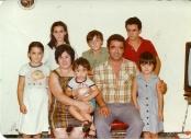 Posado de la familia Andrades-Parras para el libro de familia. Foto: Antonio Sánchez
