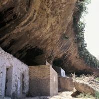 Cuevas Román