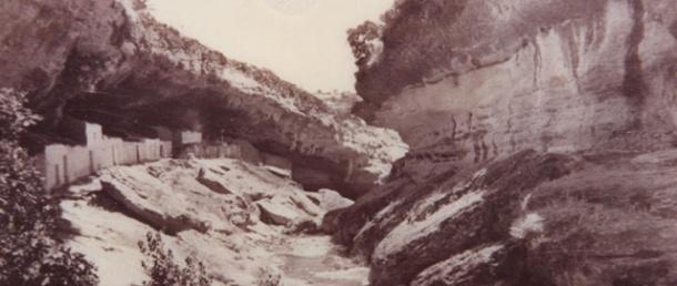 Imagen histórica de las Cuevas Román.