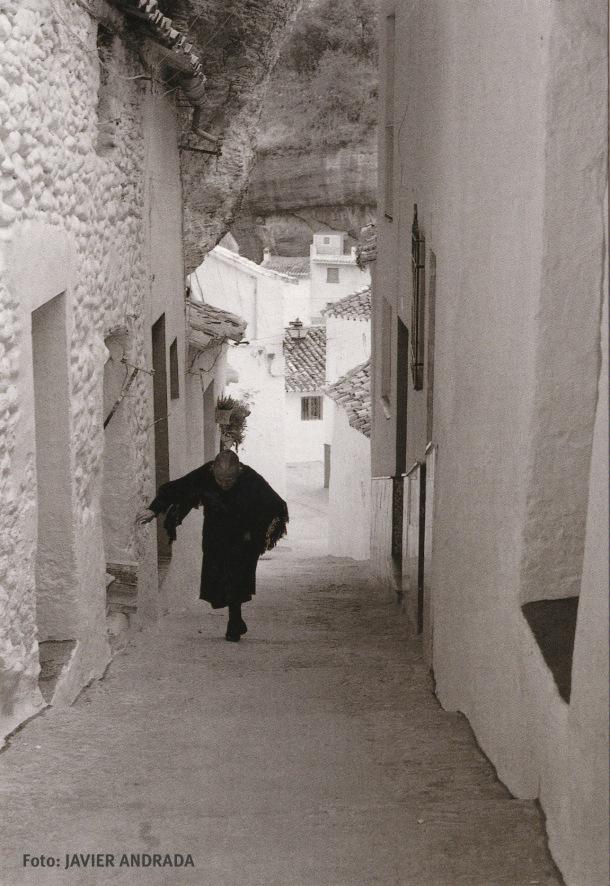 Segunda foto de la serie sacada por Javier Andrada de la calle Herrería, que se vende como postal en los sitios más turísticos de Andalucía.