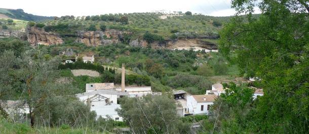 Vista de Peña Caída desde el Cerro, con el Molino en primer término. Foto: P.A.