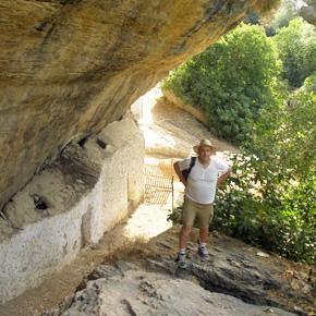 Cuevas Román y Escarpes del Trejo: Dos parajes de ensueño… yabandonados
