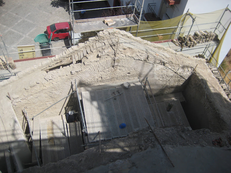 La igesia mudéjar original, durante las obras, sin cubierta. Foto: RAMÓN VÁZQUEZ