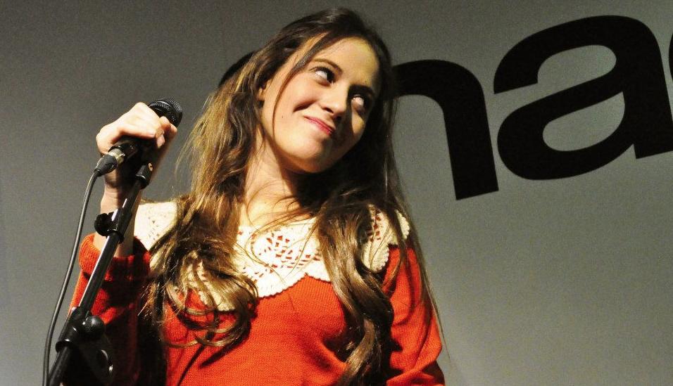 María Villalón compone sus canciones y sueña con hacer un disco de fados a lo Dulce Pontes