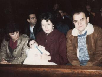Bautizo de la hija de Isabel Anaya, en noviembre de 1985