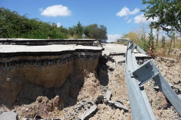 Los daños del temporal de marzo son graves. La Diputación de Cádiz informa que estará cerrada varios meses. Foto tomada el 28 de julio de 2013.