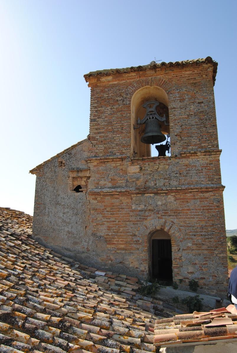 Torre del campanario antes de la restauración. Foto: ÁNGEL MEDINA LAÍN.