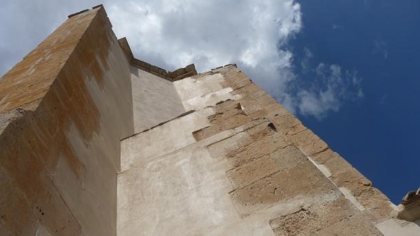 Impresionante imagen de los arbotantes restaurados, tomada desde el patio del sagrario. Foto: ÁNGEL MEDINA LAÍN.