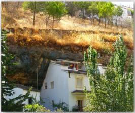 Las Cuevas de la Sombra, vista desde las Cuevas del Sol. Foto: JUAN A. PATIÑO