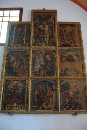 El retablo de la Anunciación, colgado privisionalmente en la ermita del Carmen. Foto: ÁNGEL MEDINA