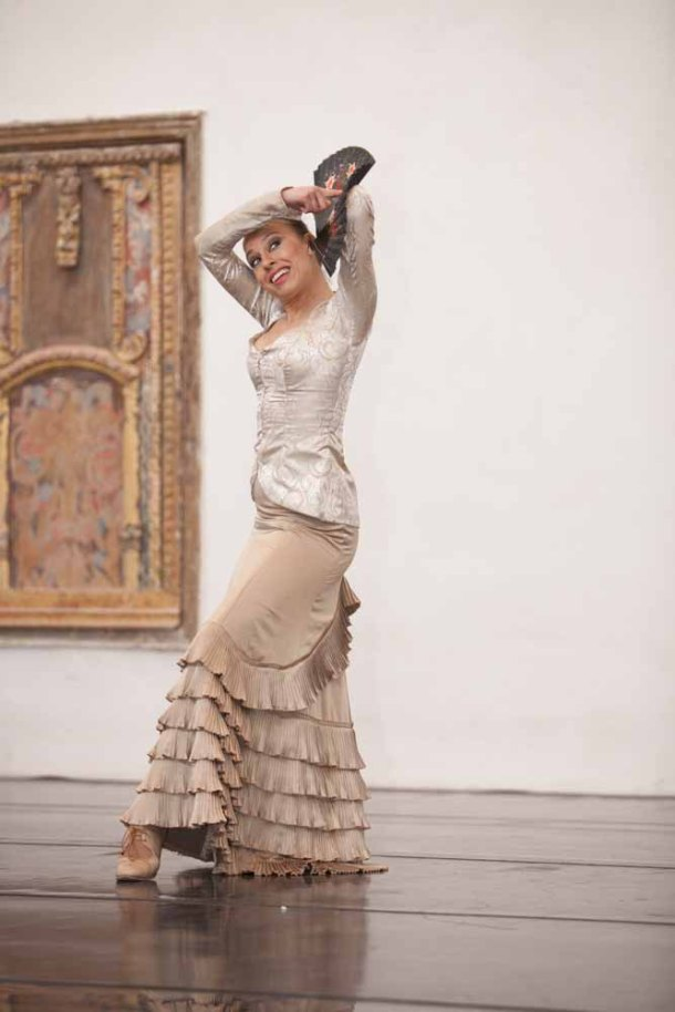 """Vanesa Aibar intepreta la """"Guajira de la sordita"""", en homenaje a Juana Valencia. Foto: PEDRO CABALLERO"""