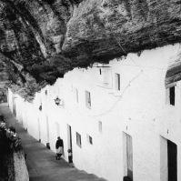 La impresionante calle Calcetas, fotografiada en los años '70. Foto: NORMAN F. CARVER. Más información aquí http://bit.ly/2keOSxz