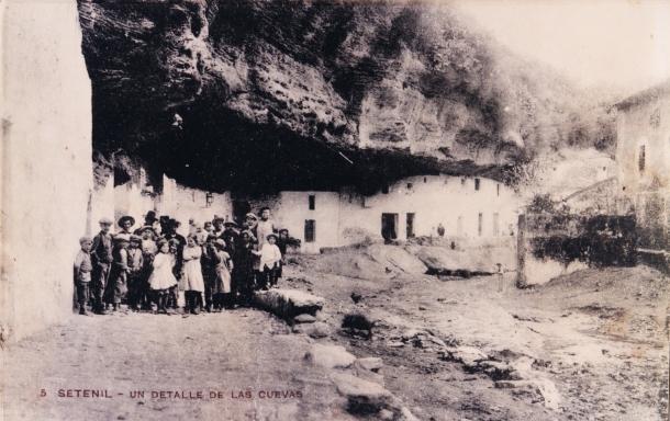 Las Cuevas del Sol, en 1920. Fotografía publicada por la Editorial Pons i Sala.