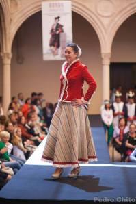 """Cristina, durante el desfile de los trajes de Ana Mari Romero. Foto: PEDRO CHITO. """"RONDA ROMÁNTICA"""""""
