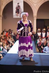 """Joana, durante el desfile de los trajes de Ana Mari Romero. Foto: PEDRO CHITO. """"RONDA ROMÁNTICA"""""""