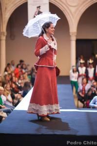 """Sonia, durante el desfile de los trajes de Ana Mari Romero. Foto: PEDRO CHITO. """"RONDA ROMÁNTICA"""""""