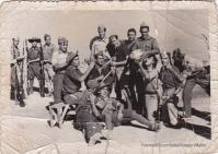 """LA GUERRA. Esta imagen es del año 1938 y en el centro, tumbado y medio tapado por otro soldado, se ve a José Villalón durante el servicio militar. Tres veces estuvo a punto de perder la vida. Más información en este enlace de """"Setenil Rural"""" http://bit.ly/1lcIlTO"""