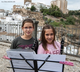 Blanca Vargas y Nerea Mejías al clarinete.
