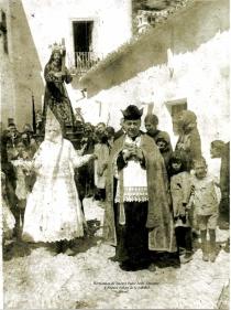 Luis Tovar Hota, párroco de Setenil fusilado en el Puerto del Monte en agosto de 1936. Esta imagen la ha cedido Pedro Marín, Hermano Mayor de Los Negros. Tovar tiene una placa de recuerdo en la Iglesia de la Encarnación.