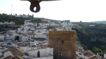 Desde San Sebastián bombardeaban con la mejor artillería de la época la fortaleza nazarí. Esta imagen está tomada desde el campanario de la Iglesia de la Villa. Foto: ÁNGEL MEDINA LAÍN