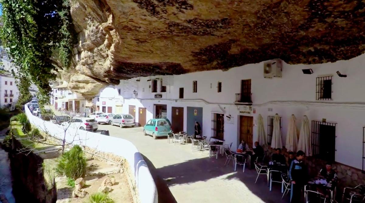 Las Cuevas del Sol.