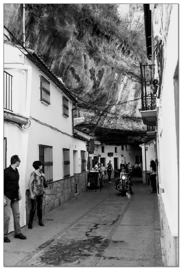 Las Cuevas de la Sombra provocan el pasmo entre nuestros visitantes. Foto. JESÚS M. GLEZ https://flic.kr/p/rCXZVL
