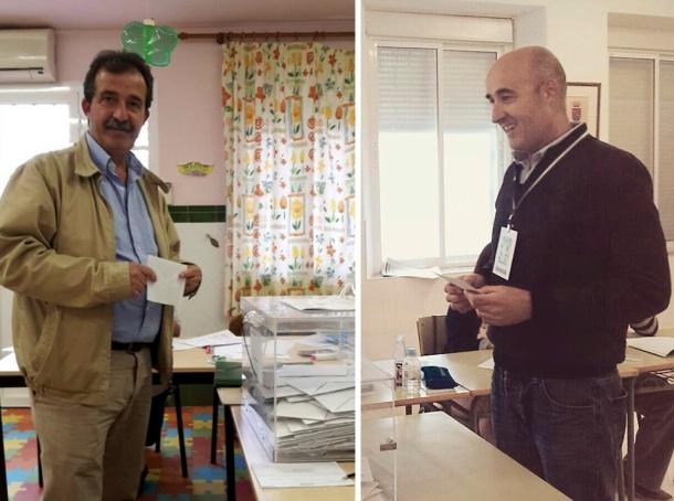 Cristóbal Rivera y Rafael Vargas votan durante las elecciones locales de 2015.