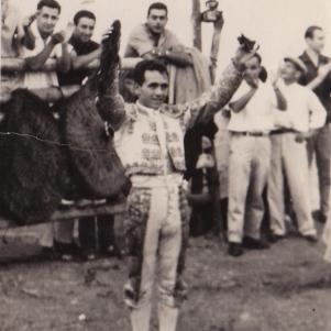 """Pepe el de Camila, el torero de Setenil. Más información en este enlace de """"Setenil Rural"""" http://bit.ly/1i9dLDc"""