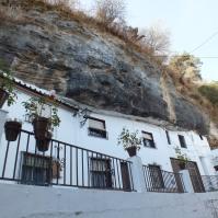 Calle Cantarería Alta, con algunas de las mejores vistas de Setenil.