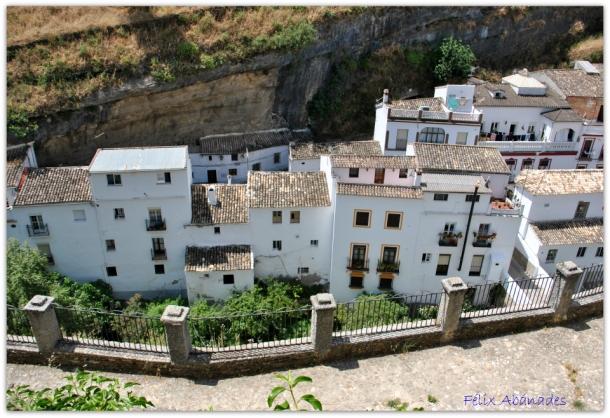 Esta fantástica imagen nos muestra la sensacional perspectiva de la que se priva a los vecinos del Carmen con el edificio del antiguo colegio. Foto: FÉLIX ABANADES. Mayo de 2015