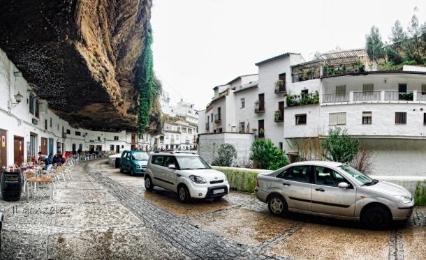 Las Cuevas del sol en un dia de lluvia. El tajo es un paraguas natural. Foto: JOSÉ LUIS GONZÁLEZ RODRÍGUEZ. .Aquí la podéis compartir. https://flic.kr/p/k9s5W4