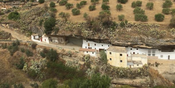 Este es el desolador aspecto que presentaban Las Cabrerizas hace unas semanas. Foto: IMAGINA SETENIL