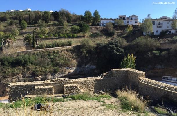El parque de La Granja, con la Torre del Espolón en primer término. Foto: ÁNGEL MEDINA LAÍN
