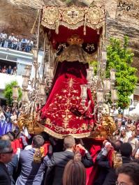 Magnífica foto de la entrada de la Virgen de los Dolores de Los Negros a la Plaza de Andalucía. Foto. JUAN CARLOS OTERO MARZAL. 2014.