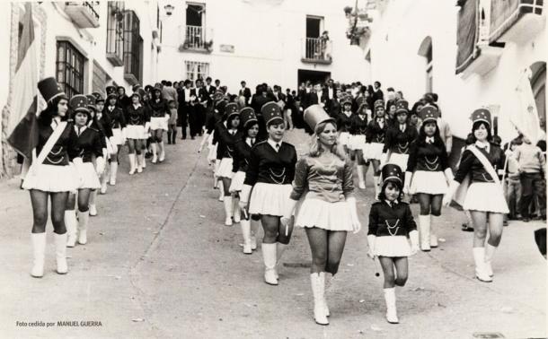 Pasacalles de las majorettes en Domingo de Resurrección. Foto cedida por Manuel Guerra.