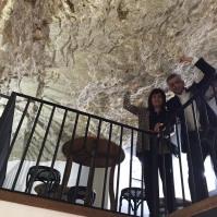 Los hermanos Barragán se quedaron asombrados con el espectacular Bar-Cueva de La Tasca.