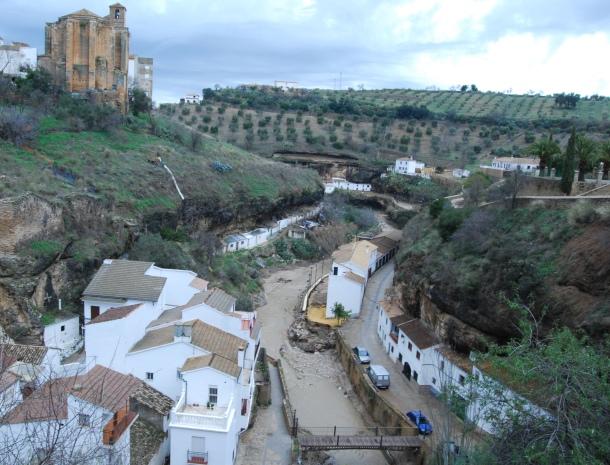 Imagen del 28 diciembre de 2009, que muestra los daños de la riada que se llevó el paseo. Foto: XISCO BENÍTEZ.