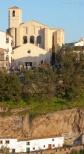 Otro ejemplo de lo dicho en la anterior imagen, con la expectación del Jueves Santo en la Villa sobre la desolada calle Calcetas. https://goo.gl/FOpQWS Foto: MARIO GARCÍA VARGAS