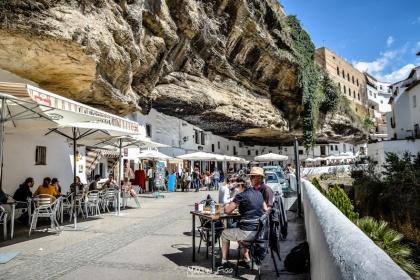 Las Cuevas del Sol, una de las calles más espectaculares de España. Foto: MANUEL FIJO.
