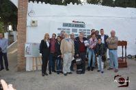 Los miembros del Grupo de Memoria Histórica de Setenil posan junto a los dos historiadores Gutiérrez Molina y Moreno Tello y el presentador del acto, el periodista Rafael Fernández.