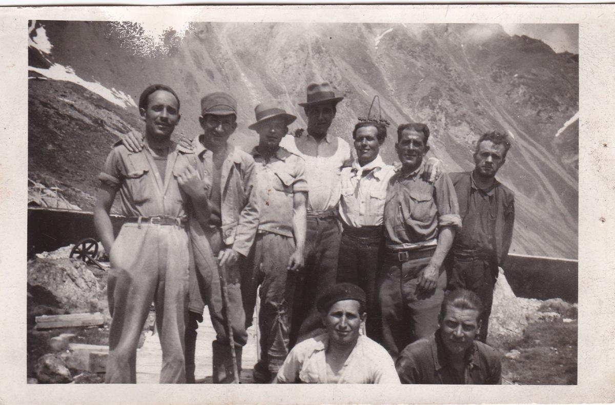 José Ramos González y Tobalito Andrades, en los Pirineos. Foto cedida por la nieta del primero, MARÍA JOSÉ GARCÍA RAMOS.