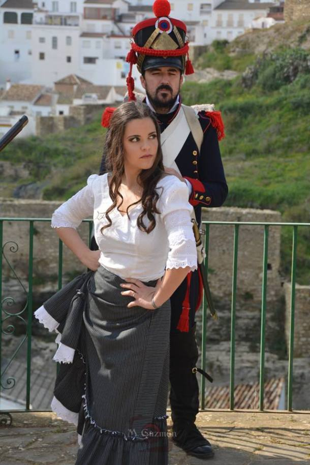 Marina Barriga, rodeada de soldados franceses. Foto: MARIA GUZMÁN JIMÉNEZ