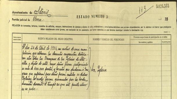 """Este documento forma parte de uno de los tres formularios recogidos en la """"Causa General"""" de Setenil, firmada el 3 de octubre de 1942 por el alcalde, José Domínguez."""