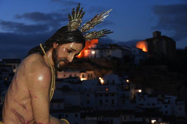El Amarrao desciende por la calle Cantarería. Foto: MARÍA GJ