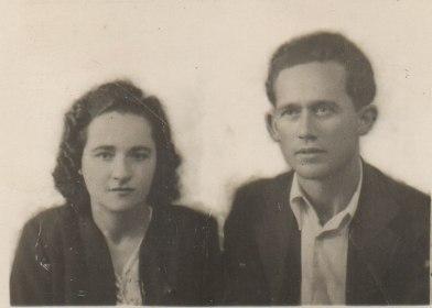 Serafina Moreno y José Andrades Domínguez (mis abuelos paternos), hermano de 'Tobalito'. Participó en el comité de Defensa de Setenil ante la amenaza golpista.