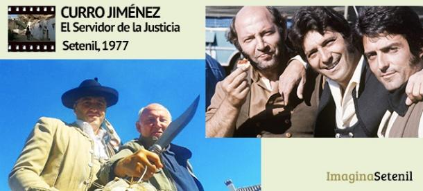 """Álvaro de Luna, el popular """"Algarrobo"""", posa en la foto con Felipe Durán. A la derecha, la cuadrilla de bandoleros de Curro Jiménez."""