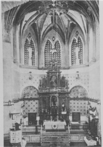 Imagen del altar a principios del, siglo XX, destruido durante la quema del templo en 1936, que debemos al Catálogo Monumental de Enrique Romero de Torres.