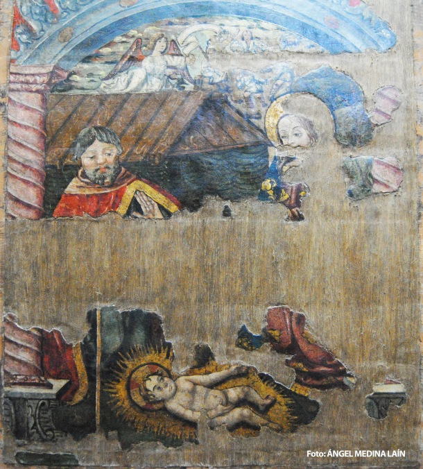 Detalle del retablo de La Anunciación, en el que se aprecia al niño Jesús. Iglesia de la Encarnación. Setenil. Foto: ÁNGEL MEDINA LAÍN